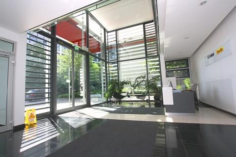 Foyer STOCK - Tolle Repräsentanz in modernen Gebäudeensemble