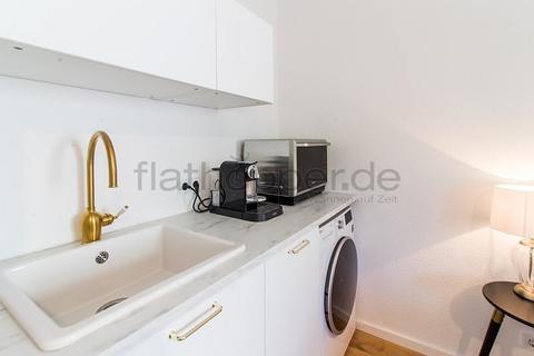 Bild 9 FLATHOPPER.de - 1-Zimmer-Apartment am Barbarossaplatz - Köln