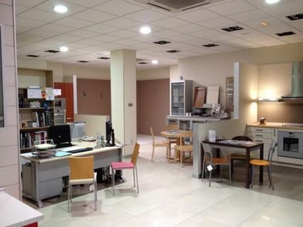N44080034_mvc-001f.jpg Vistoso Geschäft in Leon und Castillo.