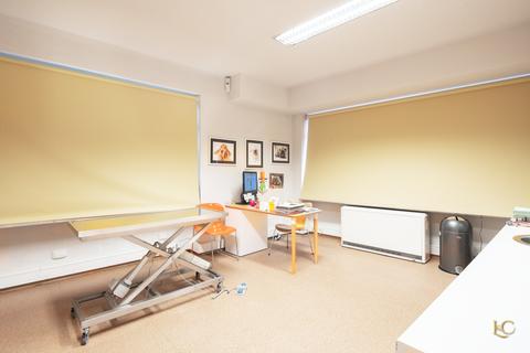 Behandlungsraum Zentrumsnahe Praxisfläche direkt an der Isar - Au