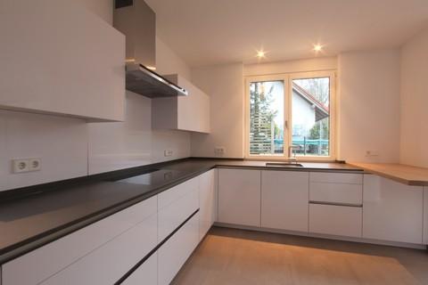 Küche Neuwertige, sonnige Doppelhaushälfte mit Südterrasse in wunderschöner Isarhochuferlage