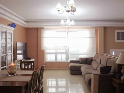 N44080213_mvc-001f.jpg Einwandfreie Villa in der Nähe von Las Palmas.