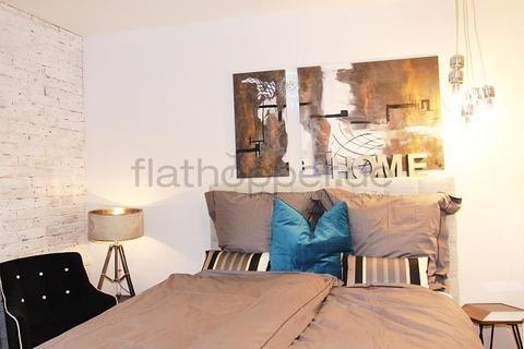 Bild 3 FLATHOPPER.de - Saniertes Apartment der Luxusklasse in Obergiesing - München
