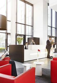 Rezeption Startklare Büros ab 14 m²