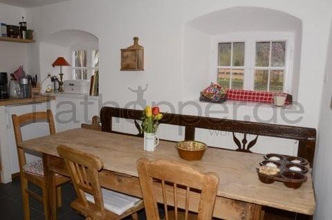 Bild 2 FLATHOPPER.de - TOP! Historisches Bauernhaus in Nussdorf - nahe Rosenheim