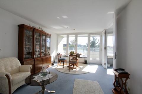 Wohnzimmer RESERVIERT !!! ERBBAURECHT: 2-Zimmer-Wohnung mit Balkon in ruhiger, zentraler Lage Haidhausen nahe Gasteig