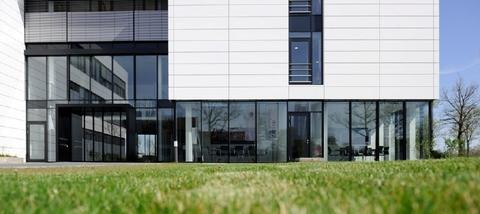 Detail Fassade STOCK - Hochwertige Büroflächen in Oberhaching