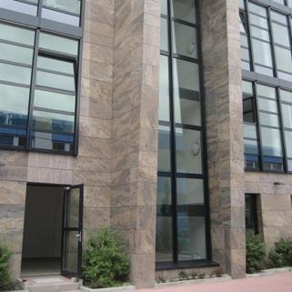 Detail Fassade STOCK - Ismanings hochwertigstes Bürogebäude