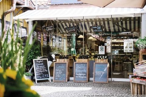 Pasinger Viktualienmarkt Zentral und trotzdem ruhig: 3 Zimmer-Wohnung in Innenhoflage