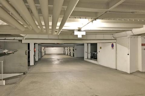 Tiefgarage Oberer Duplexstellplatz zwischen Westpark und Harras