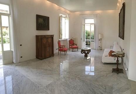 N60550114_mvc-001f.jpg Herrschaftliche antike Villa mit Meerblick