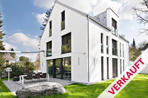 Ansicht ***VERKAUFT*** Moderne Villa - Harlaching-Menterschwaige
