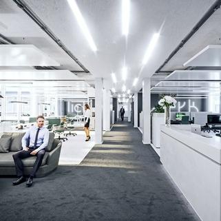 Innen1 Dynamisch im Münchner Osten ... Bürocampus hell, modern und neu revitalisiert