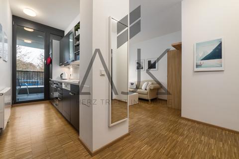 Loftcharakter Beste Ludwigsvorstadt: Zwei-Zimmer,   Loftcharakter - 13qm Süd/West Loggia, Keller/TG - bezugsfrei!