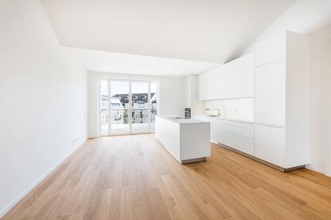 bulthaup-Küche Exzellent sanierte 3,5-Zimmer-Dachgeschoss-Wohnung in prächtigem Stadtpalais
