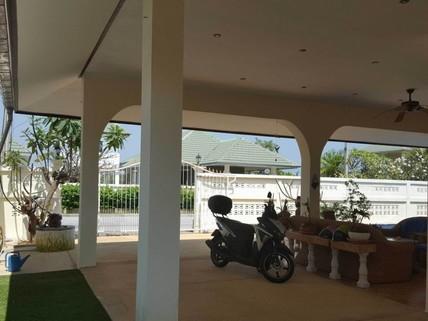 PT0022_mvc-001f.jpg 3 Zimmer Poolvilla Hua Hin Thailand