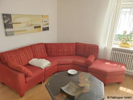 Bild 1 FLATHOPPER.de - Möblierte 4-Zimmer-Wohnung mit Balkon in Rosenheim - Pang