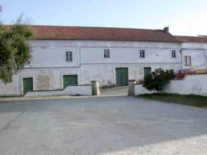 PPT0164_mvc-001f.jpg Kinogebäude mit Wohnhaus auf 1600m2 Grundstück
