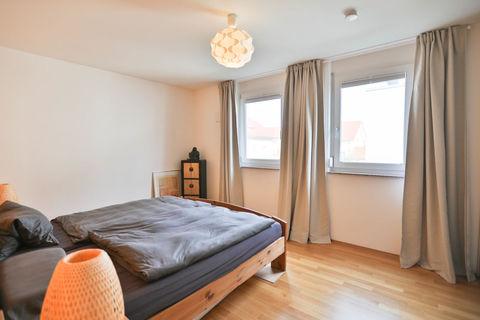 Schlafzimmer **Helle und moderne 3 - Zimmer - Wohnung mit sonnigem Balkon zum Wohlfühlen**