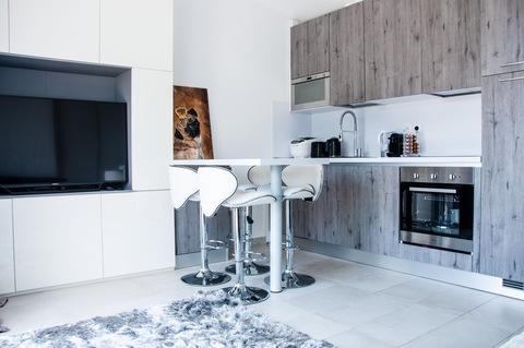 Bild 3 Franz. Riviera / Monaconähe: hochwertig möbliertes Penthouse mit Meerblick zu verkaufen