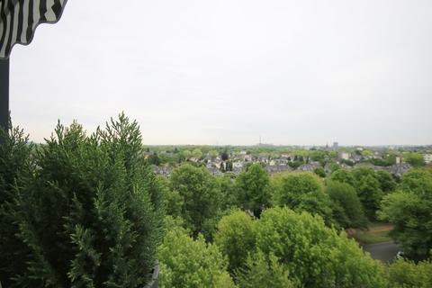 Titelbild_3D_ZUVERKAUFEN Die Schöne und das Biest - diese Immobilie hat irgendwie beides!