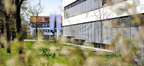 Außenansicht STOCK - Hochwertige Büroflächen in Oberhaching
