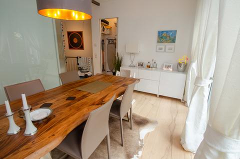 Zimmer EG Eisbach-Privatzugang! Exklusive Erdgeschosswohnung über 2 Etagen (EG/UG)