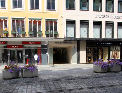 Eingang Perusapassage Beste Lage - Altstadt - Moderne Büroräume zur Untermiete