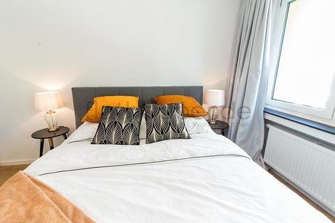 Bild 4 FLATHOPPER.de - 1-Zimmer-Apartment am Barbarossaplatz - Köln