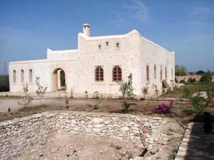 MA0012_mvc-001f.jpg Natursteinhaus im Laufe der Fertigstellung,7km von Essaouira