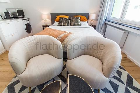Bild 2 FLATHOPPER.de - 1-Zimmer-Apartment am Barbarossaplatz - Köln