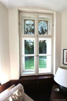 Fenster mit Erker Absolute Rarität-Charmante denkmalgeschützte Villa in schöner Lage am Westufer des Starnberger Sees