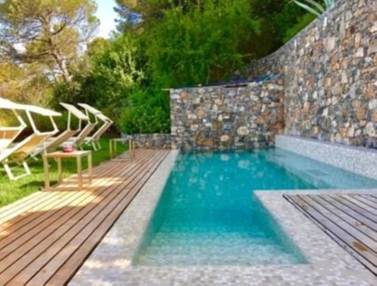 N60550099_mvc-001f.jpg Unabhängige Villa mit 180-Grad-Meerblick