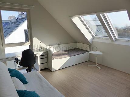 Bild 11 FLATHOPPER.de - Exklusive, lichtdurchflutete 3,5-Zimmer-Dachgeschoss-Wohnung mit Dachterrasse in St