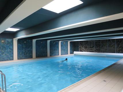 Schwimmbad im Haus freies App./Gelegenheit: schönes Appartement zu Verkaufen