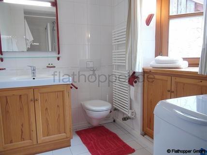 Bild 12 FLATHOPPER.de - Charmante, neu renovierte und ruhige 2-Zimmer- Wohnung mit Sonnenterrasse im Vorgar