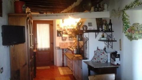 N60550217_mvc-001f.jpg Schöne Wohnung im Zentrum eines schönen Dorfes