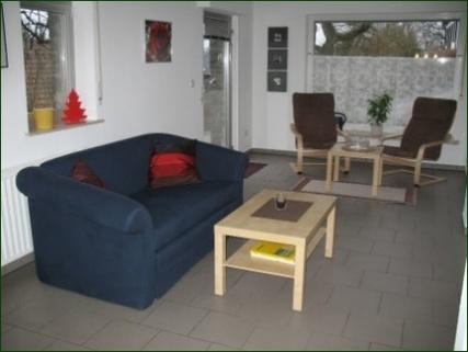 Wohn- und Relaxbereich Schicke Wohnung mit Garten, Terrasse, Stellplatz und wunderschönem Ausblick ins Tal