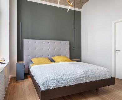 Schlafzimmer Berlin-Friedrichshain: wunderschöne, helle 3 Zimmer Wohnung inkl. maßgefertigter Inneneinrichtung zu verkaufen