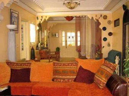 MA0015_mvc-001f.jpg Geräumige mit Geschmack ausgebaute Wohnung