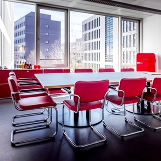 Besprechung, Beispiel Repräsentative Büros in chicem Neubau