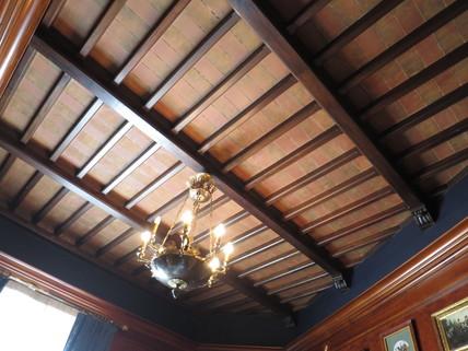 Holzvertäfelung Decke Bestlage ROM: exklusive Altbauwohnung im herrschaftlichen Stil Nähe Villa Borghese zu verkaufen