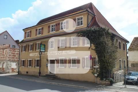 Titelbild Ehemalige Gaststätte mit Nebengebäude in Uehlfeld... Handwerker und Sanierer aufgespasst!