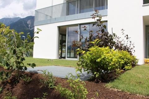 Garten 1 großzügige 4-Zimmerwohnung mit Garten