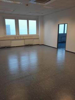 Büro Ein ganzes Stockwerk für Ihr business: provisionsnfreie Büroflächen im 3. OG BIZ