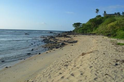 N59660022_mvc-001f.jpg Grundstück erschlossen, nahe Sandstrand Philippinen