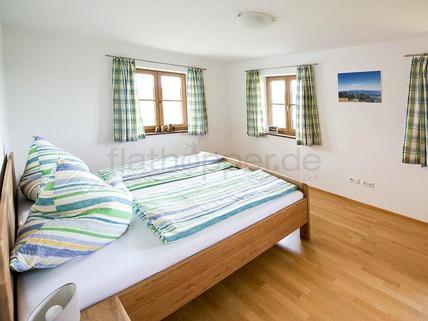Bild 4 FLATHOPPER.de - Hochwertige 2-Zimmer-Wohnung mit Südbalkon und Bergpanoramablick- Egling
