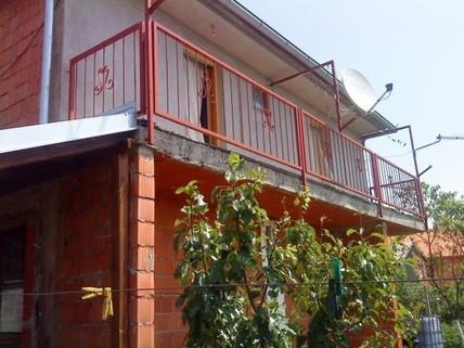PHR0099_mvc-001f.jpg 2x Häuser auf einem Grundstück