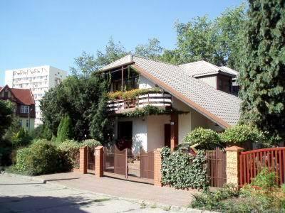 PPL0102_mvc-001f.jpg Zu verkaufen zwei neue schone Hausen