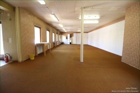 Lager 1.OG_Blick zum Laden Wohn- und Geschäftshaus mit Laden - und Lagerflächen auf 2 Etagen mit zusätzlichen Garagen!